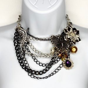 Jewelry - Butterfly Lizard Flower Abstract Bling Necklace